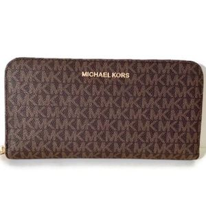 MICHAEL KORS JET SET TRAVEL WALLET BRN/ACORN